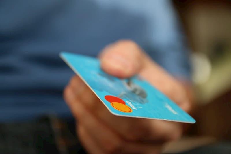 Vantagens de se ter um cartão de crédito